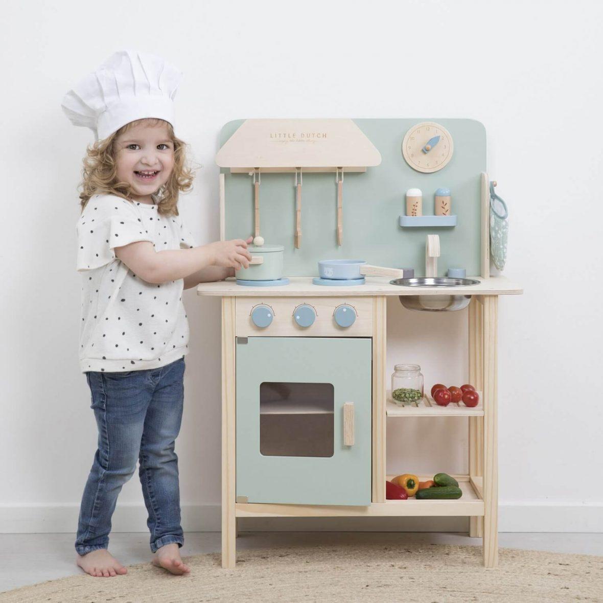 Ξύλινη κουζίνα παιχνιδιού με 8 αξεσουάρ (φυσικό-απαλό πράσινο)
