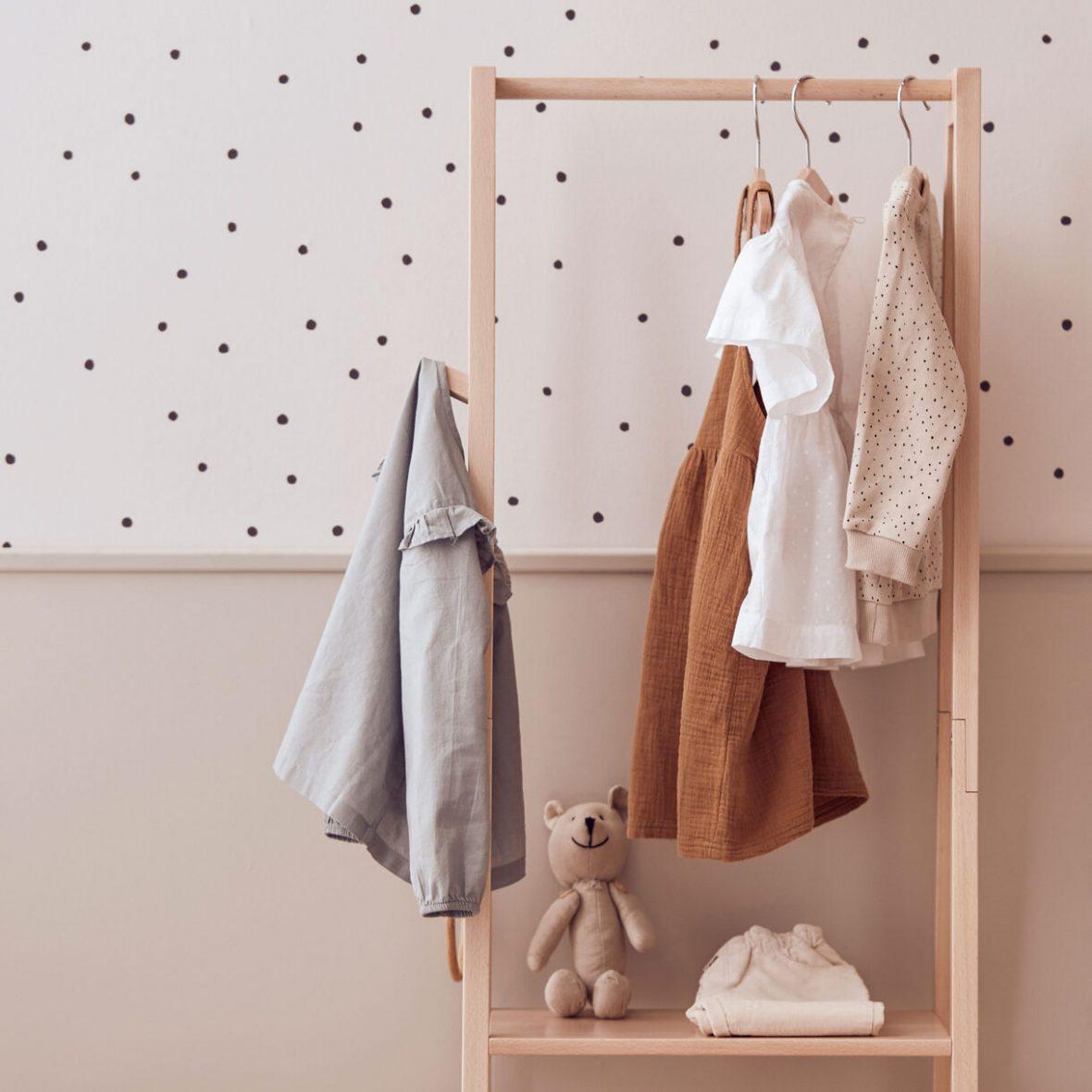 Clothing-rack-SAGA-Blonde-1000584-Adjustable-stool-SS21-E_1
