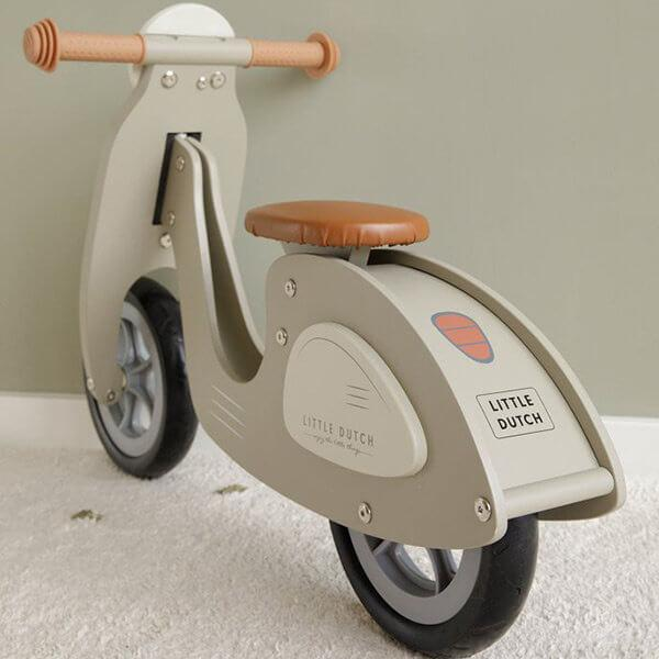little-dutch-wooden-scooter-olive-green-728894_600x